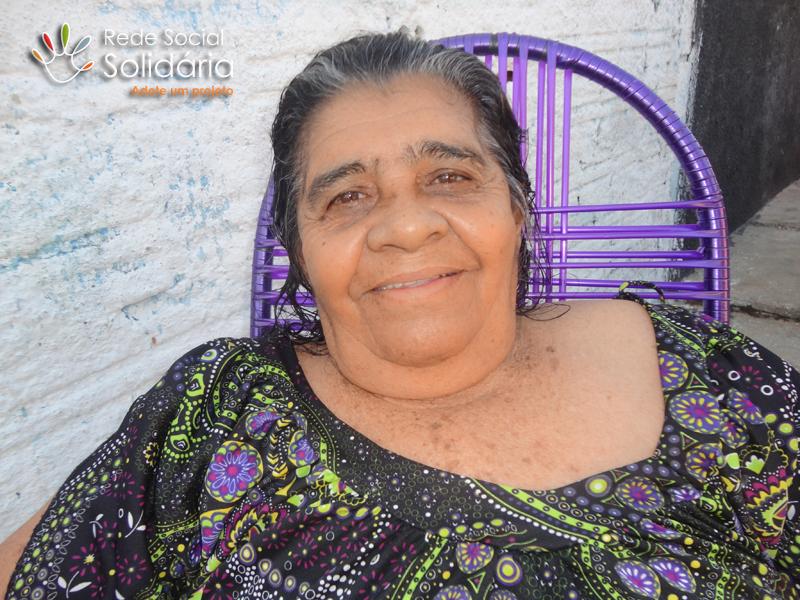Pensionista enfrenta problemas ósseos
